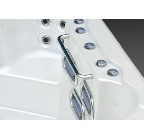 S520 Spa de nage en 5,20m vue cote nage lateral