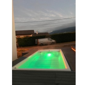 SPA DE NATATION 550 X 245 X 162 - GREEN LED