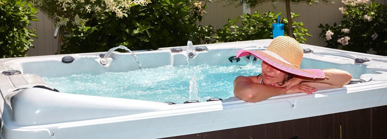 Spa extérieur haut de gamme, spa extérieur rectangulaire, spa rond pour extérieur - Aquatech Spa